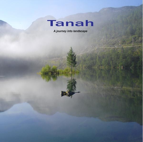 Tanah - a journey into landscape fra N/A på mindly.dk